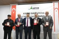 KIBRIS BARIŞ HAREKATI - Kıbrıs Barış Harekatı'na Katılan 28 Gaziye Madalya Verildi