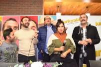 BERAT YENİLMEZ - 'Kırk Yalan' Filminin Oyuncuları Hayranlarıyla Buluştu