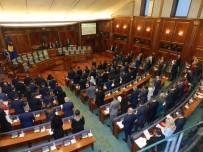MECLIS GENEL KURULU - Kosova Meclisinde Milletvekilleri Yemin Etti