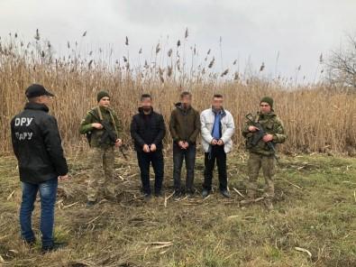 Ukrayna'da Yasa Dışı Yollarla Sınırı Geçmeye Çalışan 3 Türk Vatandaşı Yakalandı