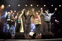 YEŞİM SALKIM - Çılgınlar Kulübü'nün Yeni Yıl Konseri