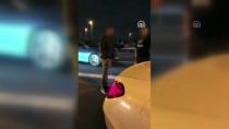 MECIDIYEKÖY - İstanbul'da Kaza Yapan Sürücü, Yanındaki Çocuğu Araçta Bırakıp Kaçtı