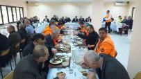 KURBAN KESİMİ - Karayolları Ekipleri 'Kar' Sezonunu Kurban Keserek, Dualarla Karşıladı