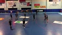 ATATÜRK SPOR SALONU - Kastamonu Belediyespor, EHF Kupası Grup Maçlarının Hazırlıklarını Sürdürüyor