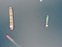 ROTTERDAM - (Özel) Zeytinburnu Açıkları, Gemi Yoğunluğundan Limana Döndü