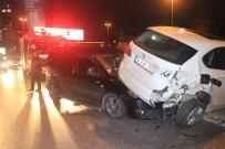 KADIN SÜRÜCÜ - Alkollü Sürücü Kaza Yaptı Açıklaması1 Yaralı