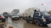 AZEZ - İdlib'de Siviller Güvenli Bölgelere Kaçmaya Devam Ediyor