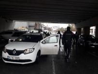 ÖZEL HAREKET - İstanbul'da Yılbaşı Öncesi Huzur Ve Güven Uygulaması