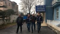 3 ARALıK - Silahla Bir Kişiyi Yaralayıp Polise Ateş Açan Şüpheli Yakalandı