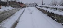 Tunceli'de Karla Kapanan  113 Köy Yolu Açıldı, 48'İnde Çalışma Sürüyor