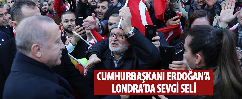 Cumhurbaşkanı Erdoğan, Londra'da coşku ile karşılandı