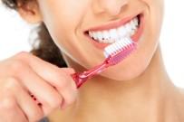 BİTKİ ÇAYI - ''Beyaz Dişler İçin Bitki Çayı Kullanımı Abartmayın''