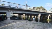JUAN - MEÜ Öğrencileri, Müftü Köprüsü Altında Sergi Açtı
