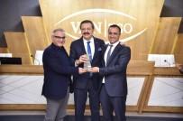 RıFAT HISARCıKLıOĞLU - Özel Lokman Hekim Van Hastanelerine 'Yılın Yıldızı' Ödülü