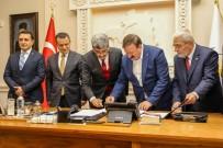 MUHAMMET FUAT TÜRKMAN - Van Büyükşehir Belediyesinde 'Sosyal Denge Tazminatı' İmzalandı