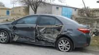 Seyir Halinde Kendini Vurdu, Otomobili Kaymakamın Aracına Çarptı