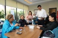 ZÜLFÜ LİVANELİ - Türk Kahvesi Günü'nde Kahve İkramı Yapıldı