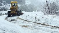 CEMAL GÜRSEL - 300 Kırsal Mahalle Yolu Kardan Açıldı
