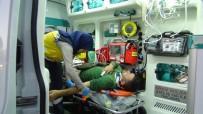 ELEKTRİKLİ BİSİKLET - Otomobil, Elektrikli Bisiklete Çarptı Açıklaması 2 Yaralı