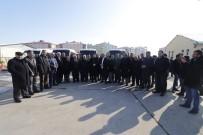 KURBAN KESİMİ - Başkan Sayan, Yeni Araçları Konvoyla Halka Tanıttı