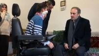 STUTTGART - Engelli Gencin Akülü Araç Sevinci Yürekleri Isıttı