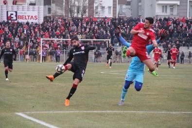 TFF 2. Lig Açıklaması Yeni Çorumspor Açıklaması 2 - Yılport Samsunspor Açıklaması 1