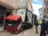 VEYSEL KARANI - Bursa'da İnanılmaz Kaza