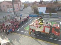 İTFAİYE MERDİVENİ - Okulda Deprem Ve Yangın Tatbikatı