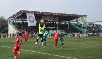 İZMIRSPOR - Salihli'de Kazanan Çıkmadı, Puanlar Paylaşıldı