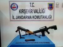 Şüphe Üzerine Durdurulan Araçta Kalaşnikof Marka Silah Ele Geçirildi