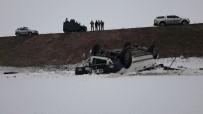 Otomobil Takla Atıp Şarampole Uçtu Açıklaması 2 Ölü, 4 Yaralı