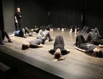 PERDE ARKASI - TİYSAV'dan '360 derece' tiyatro eğitimi