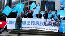 ELEKTRONİK KİMLİK - Belçika'da Doğu Türkistan Protestosu
