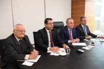 MUSTAFA AKAYDıN - Başkan Adayı Böcek, CHP'li İsimleri Ağırladı