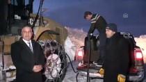 Karlı Dağları Aşmak İçin 10 Gündür Çalışıyorlar