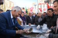 YUSUF ZIYA GÜNAYDıN - Isparta Belediyesi'nden Nevruz Bayramı Etkinliği