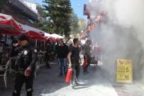 KAZIM ÖZALP - Kebap Restoranında Korkutan Baca Yangını
