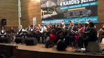 Türkmen soydaşları müzik buluşturuyor