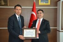 SERDAR KAYA - Başkan Kılınç'tan Köşk Kaymakamı Kaya'ya Fahri Hemşerilik Beratı