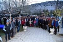 YUSUF ZIYA GÜNAYDıN - Belediyenin Toplu Konut Projesine Arazi Sahiplerinden Yeşil Işık