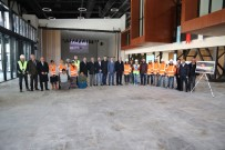 İBRAHIM KARAOSMANOĞLU - Karaosmanoğlu,  Kocaeli Kongre Merkezi'ni İnceledi