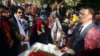 HAKAN TAŞIYAN - Müslüm Gürses Mezarı Başında Anıldı