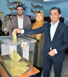 YUSUF GÜLER - AK Parti Adana İl Başkan Güler Oyunu Kullandı