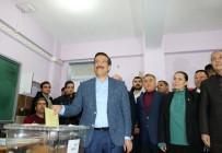 MEHMET MEHDİ EKER - Ak Parti Diyarbakır Büyükşehir Belediye Başkan Adayı Atilla Oyunu Kullandı