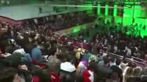 ATATÜRK KAPALI SPOR SALONU - Selçuk Balcı Tunceli'de Konser Verdi