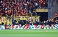 SONSUZLUK - Galatasaraylı Futbolcular, Can Bartu'yu Unutmadı