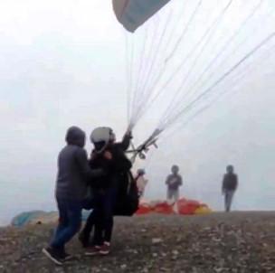 Paraşüt Kazasında Ölen Pilot Ve Yabancı Yolcunun Son Anları Ortaya Çıktı