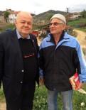 BILECIK MERKEZ - Köy Köy Gezerek Türk Bayrağı Dağıtıyor