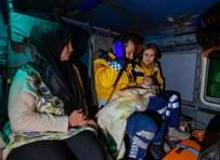 Gökçeada'da Küçük Kız Helikopterle Hastaneye Ulaştırıldı