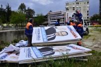 HÜSEYIN SÖZLÜ - Hüseyin Sözlü'nün Seçim Afişleri Toplandı